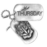 "Thursday pewter bandhanger ""dogtags"" van Alchemy"